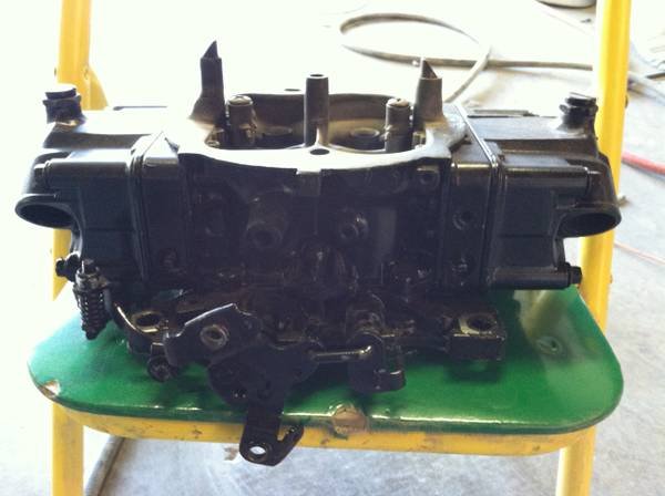 black Holley 850 double pumper with fresh rebuild - $350 (thousand oaks)
