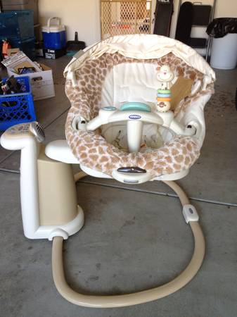 Graco Sweetpeace Giraffe swing other baby stuff - $80 (Thousand Oaks)