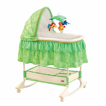 Fisher Price Rainforest Bassinet Like New - $85 (Camarillo)