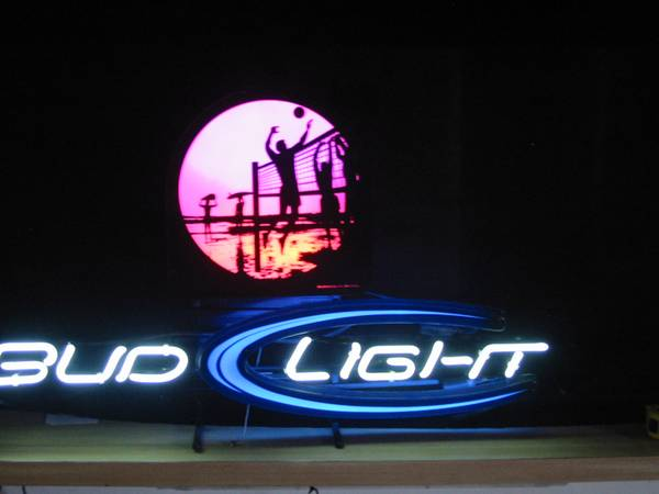 neon beer sign budweiser bud light volleyball beach color changing - $175 (Oxnard CA 93035)