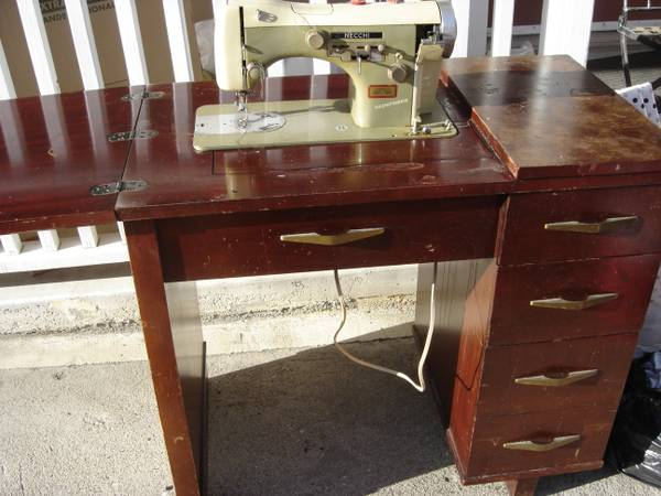 vintage Necchi Supernova sewing machine w cabinet - $80 (Ojai)