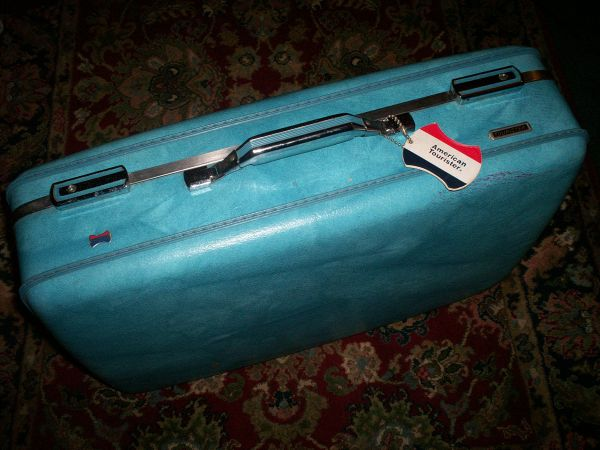 American Tourister Blue Retro Luggage - 2 Pieces - $80 (Port Hueneme Ventura Rd)