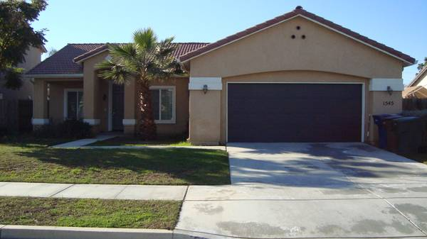 $500 1380ftsup2 - Extra room to share great place to live (tulare)