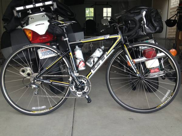 2012 GT Series 3 Road Bike - $700