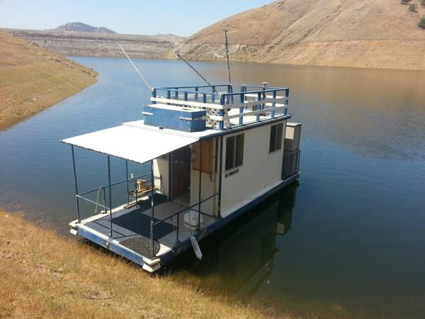 The Perfect FishingHouse Boat At The Lowest Price Around - $4000 (Visalia)