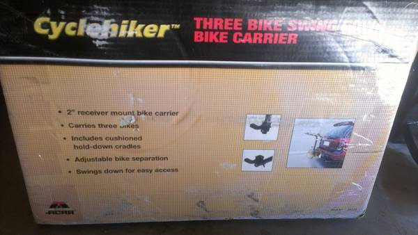3 bike swing down bike carrier - $50 (Visalia)