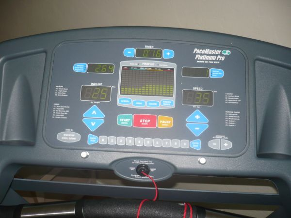 57378 TREADMILL 57378 PaceMaster PLATINUM Pro Plus 400 lb User weight - $1250 (visalia 57418)