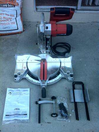 Skil 12 Compound Miter Saw with Laser - $150 (Visalia)