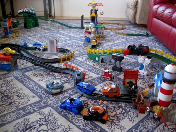 FuN Cars and Trains SET (Visalia)