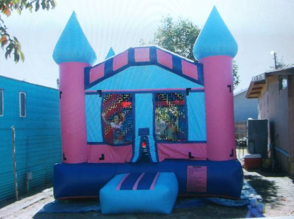 Bounce house, chairs, and tables for rent - $95 (corcoran)