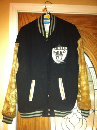 1967 Vintage Raiders Superbowl Jacket - $150 (Visalia )