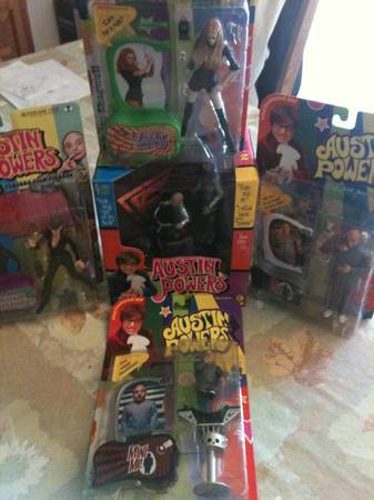 Dozens of Austin Powers movies collectible figures - $10 (Visalia)