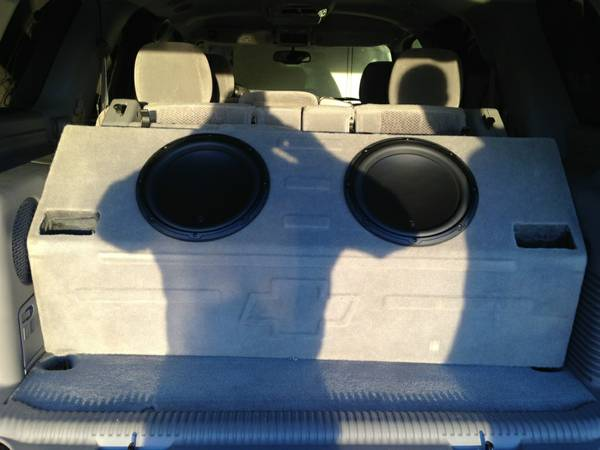 JL AUDIO W3 12 INCH SPEAKERS WITH CHEVROLET BOX - $550 (Farmersville, CA)