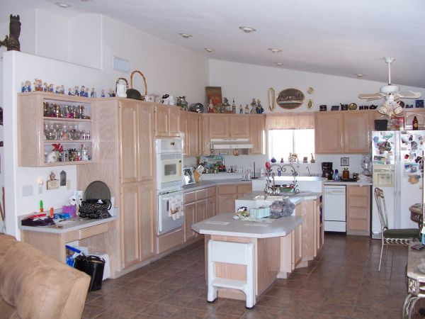 $700 2br - 1600ftsup2 - NOW AVAILABLEThe Ranch Home (NOW AVAILABLE FEBRUARY and MARCH)