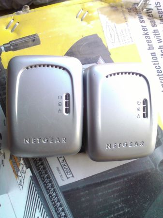 netgear wall plugged bridge XE102 - $30 (yuma)