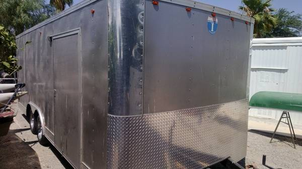 20 Enclosed Trailer - $1 (Yuma)