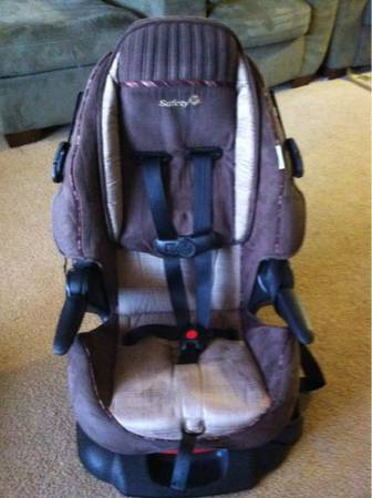 Safety 1st car seat - $20 (Yuma Ocotillo 6E)