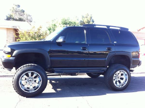 2003 Chevy Tahoe z71 lifted - $15000