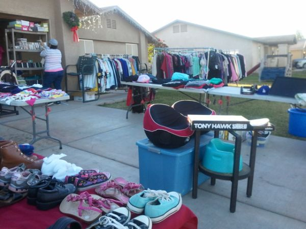 HUGE GARAGE SALE (YUMA)